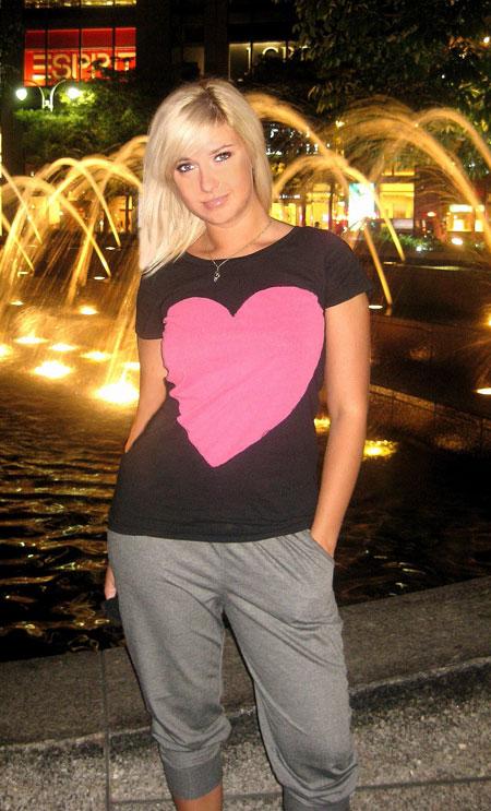 Belaruswomenmarriage.com - Friends to meet