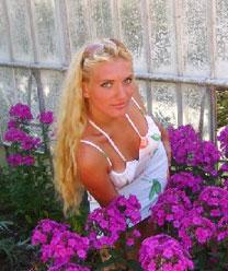 Young girlfriend - Belaruswomenmarriage.com