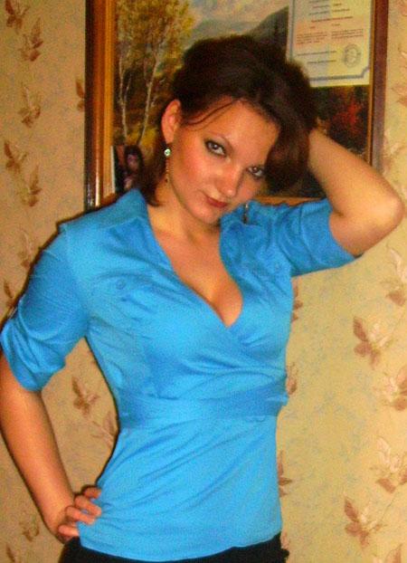 Young wife - Belaruswomenmarriage.com